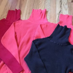 Bundle of 4 turtlenecks, mostly Gap, fall perfect!